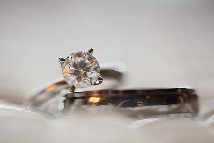 我有二手鑽石戒指想做二手鑽石回收,推薦去哪辦?